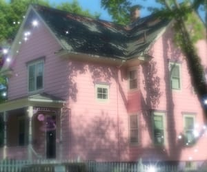 house and pink image
