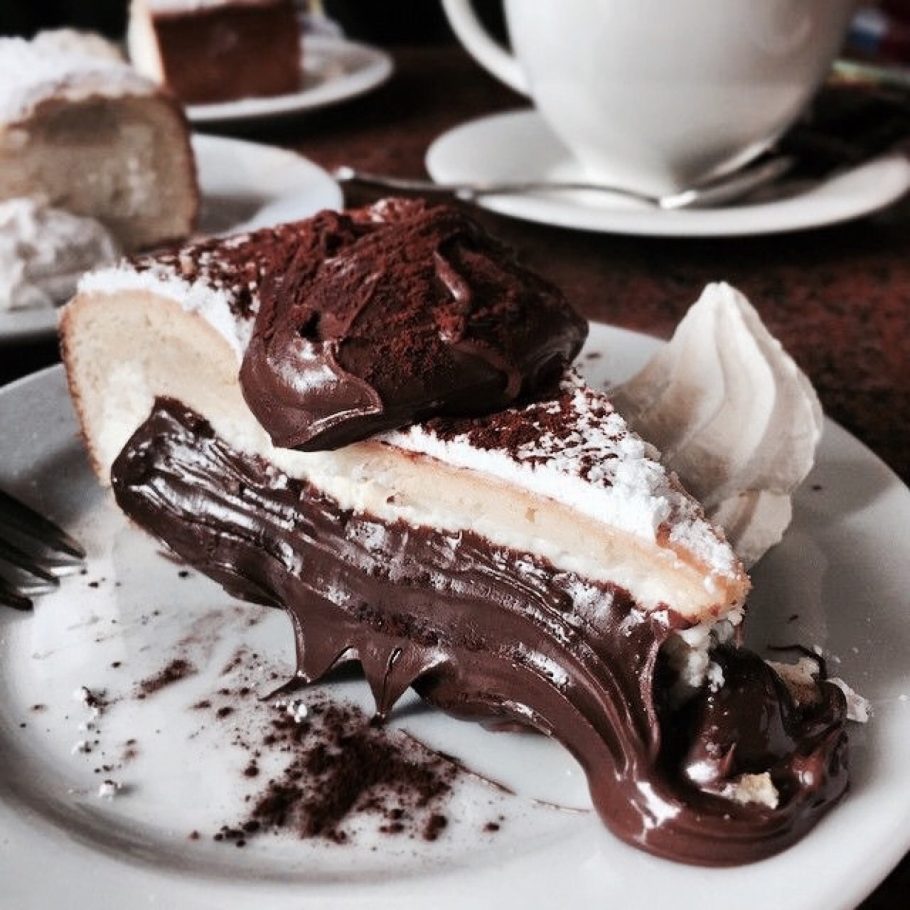 Chocolate chocolate cake foodporn gif