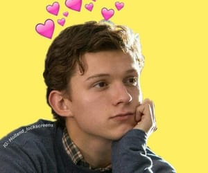 tom holland, spiderman, and Tom image