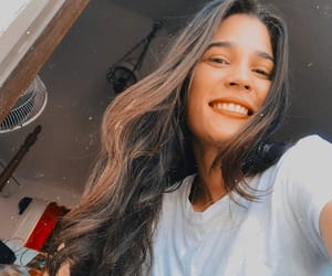 brunete, conversaciones, and snapseed image