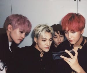mark, mark lee, and nct dream image