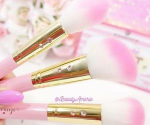 beauty, makeup, and makeuo image