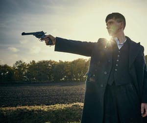 Shelby, peaky blinders, and thomas image
