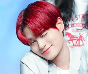 daehwi and ab6ix image