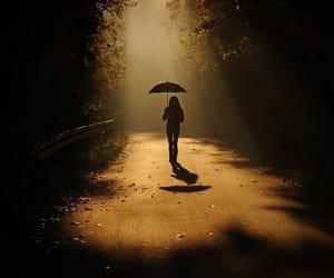 kara, yürümek, and sözler image