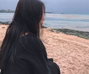 beach, girl, and ulzzang image