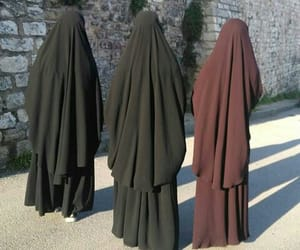 hijab, niqab, and Queen image