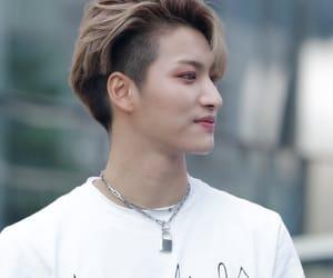idol, kpop, and seonghwa image