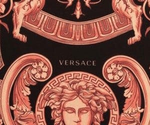 header, layout, and Versace image