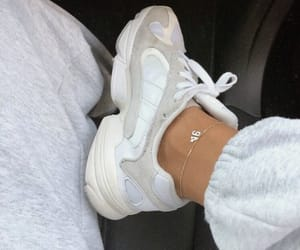 00s, fashion, and ugly shoes image
