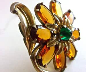 emerald green, statement brooch, and glass amber image