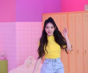 k-pop, kim chungha, and chungha image
