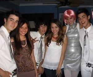 Joe Jonas, miley cyrus, and jonas brothers image