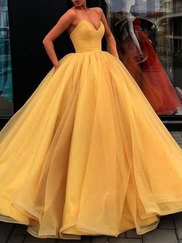 dress, Prom, and yellow image