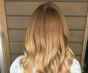 blond, hairstyle, and balayage image