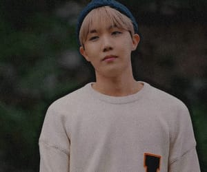 heartbeat, bts, and jhope image