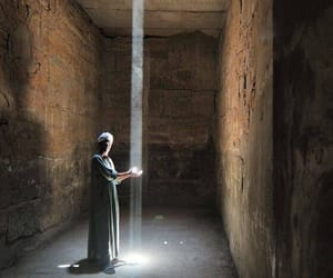 egypt, light, and Temple image