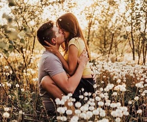 aesthetic, girlfriend, and kiss image