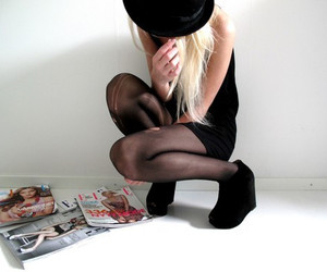 girl, fashion, and Elle image