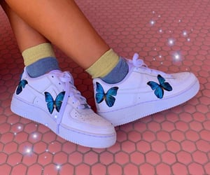aesthetic, butterfly, and clothes image