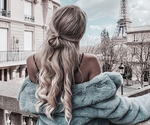 hair, hairstyle, and city image
