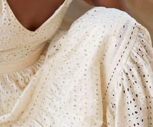 eyelet, H&M, and romantic image