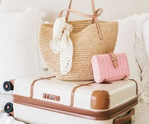traveling style image