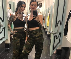 besties, fashion, and girl image