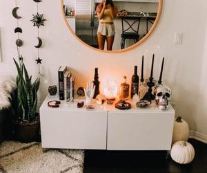 alien, home, and girls inspo image