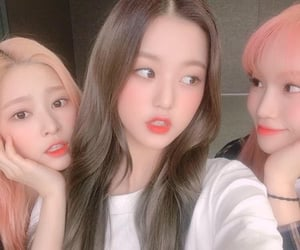 izone, minju, and chaewon image