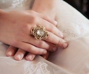belleza, vintage, and anillo image