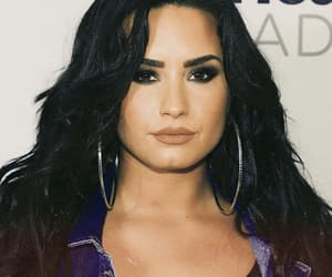 confident, make up, and ddlovato image