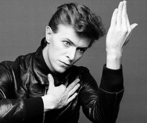 david bowie, music, and heroes image