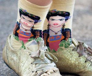 fashion and Frida image