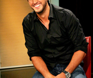 smile and luke bryan image