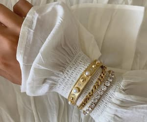accessories, arm, and bangle image