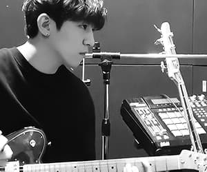gif, leader, and sungjin image