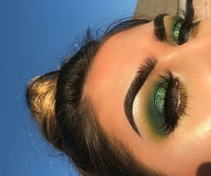 makeup and green image