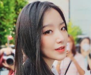 kpop girls, shuhua icons, and shuhua lq image