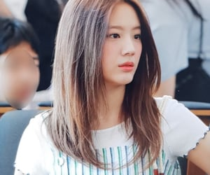 girls, preview, and gyuri image