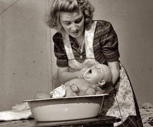 1943 image