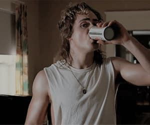 gif, dacre montgomery, and billy hargrove image