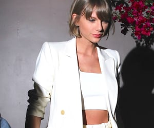 Taylor Swift, white, and 1989 image