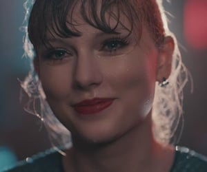 article, Taylor Swift, and articulo image
