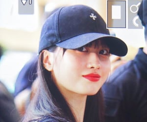 momo, preview, and twice image