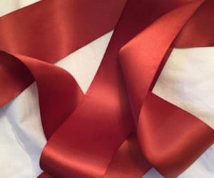 red and ribbon image