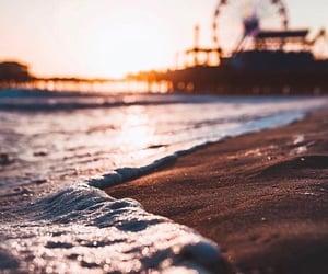 arena, mar, and fotografía image