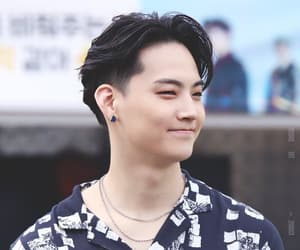 handsome, JB, and got7 image
