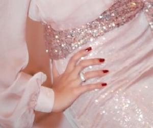 รูปภาพ fashion, dress, and pink