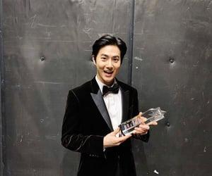 kim junmyeon and suho image
